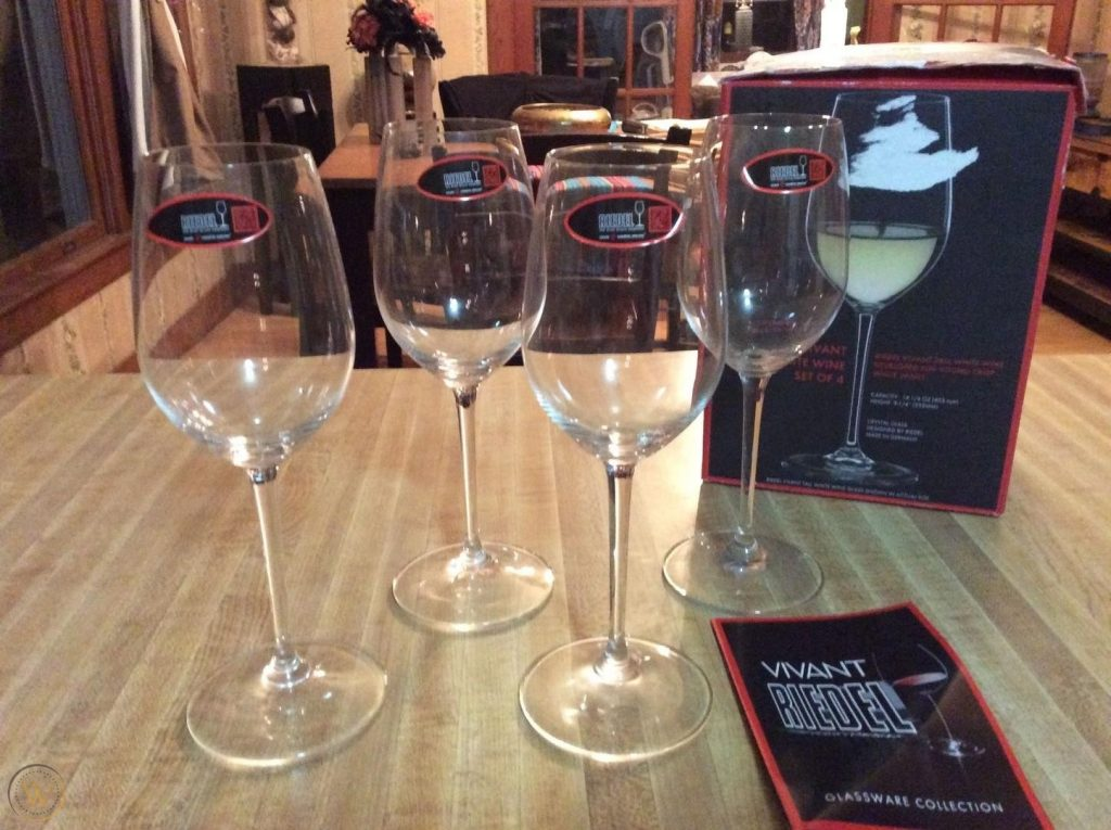 Riedel Vivant White Wine Glasses